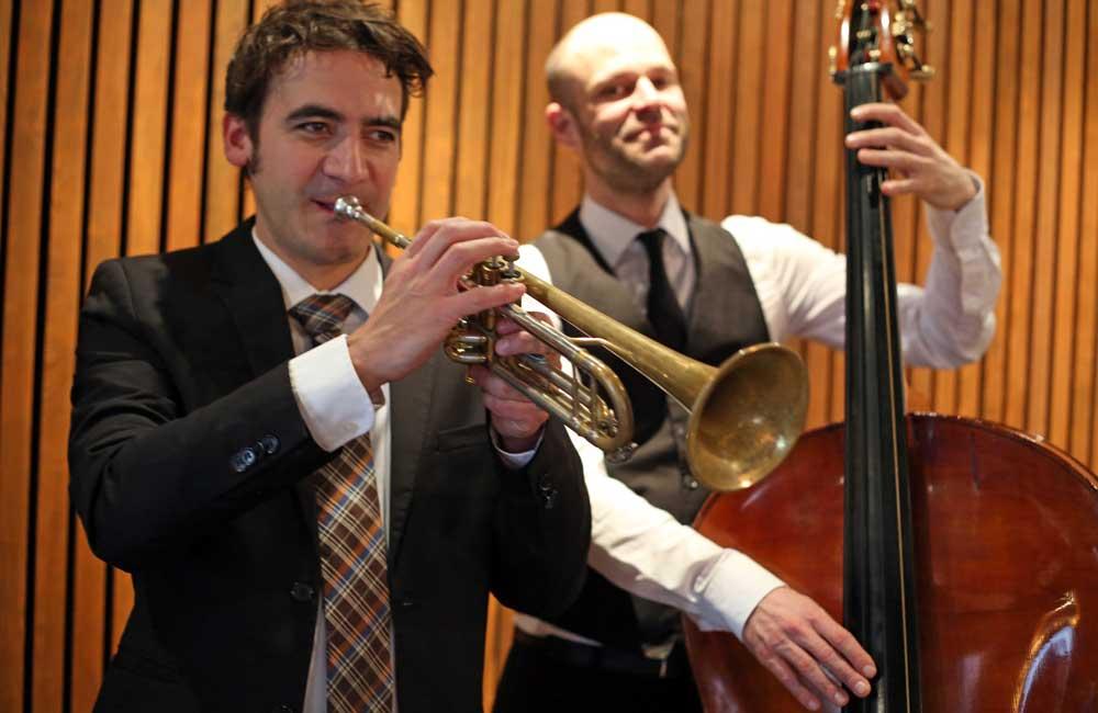 Dinnermusik Frankfurt Jazzband Duo und Swing Band Duo buchen